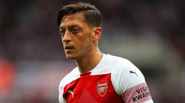 Arsenal formasıyla toplamda 254 maça çıkan Mesut Özil, 44 gol atarken 77 de asist kaydetti.