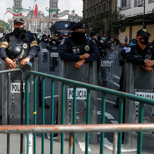 Police in Mexico kill six members of drug gang