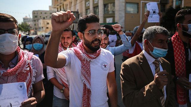 Demonstrations in support of Palestinian prisoners on hunger strike in Israeli jails