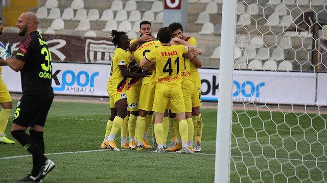 Eskişehirsporlu futbolcuların gol sevinçleri