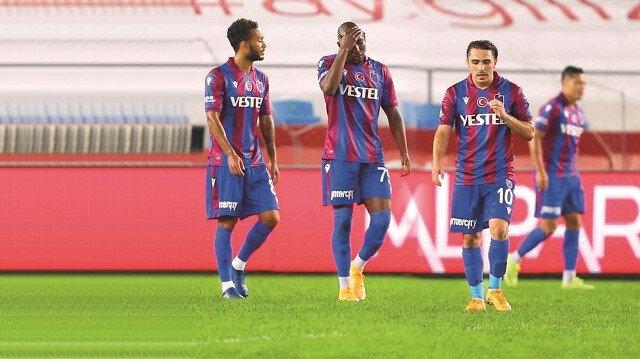Trabzonspor, sahasında Başakşehir'e mağlup oldu.