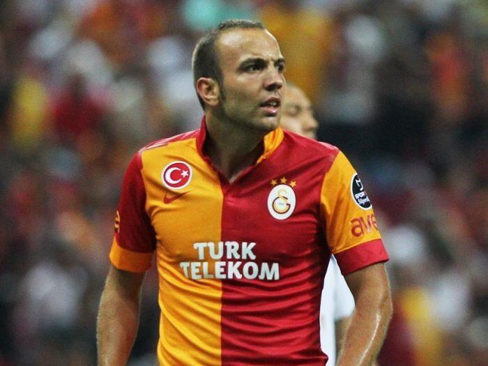 Galatasaray'da 26 maça çıktı, 5 gol 5 asistlik bir performans sergiledi.