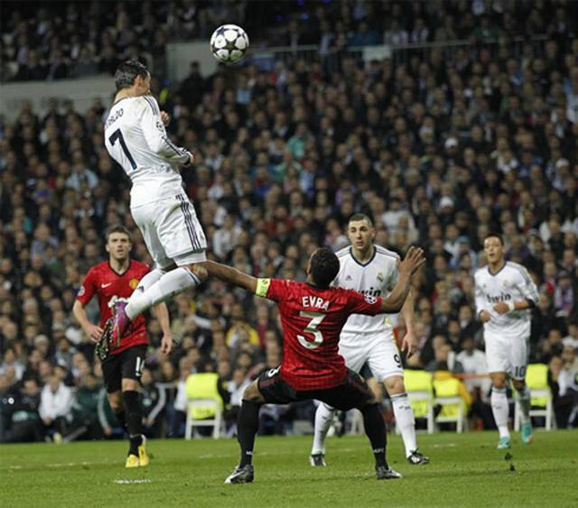 Cristiano Ronaldo, Manchester United ile oynanan Şampiyonlar Ligi maçında inanılmaz bir yükselişe imza atmıştı.