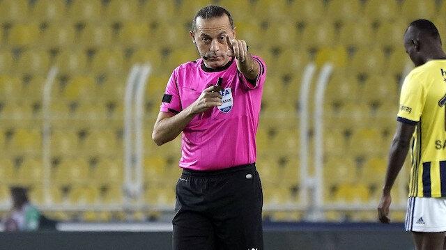 Derbide tartışılan <br>penaltı pozisyonu
