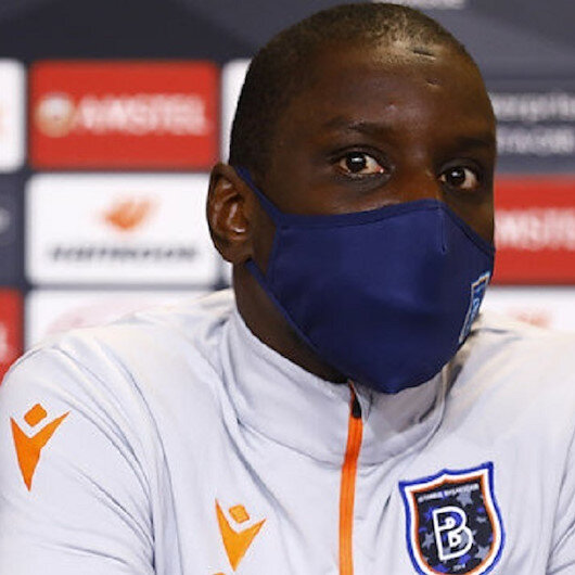 Turn off the TV and go see the world: Football star slams French journalist in defense of Turkey