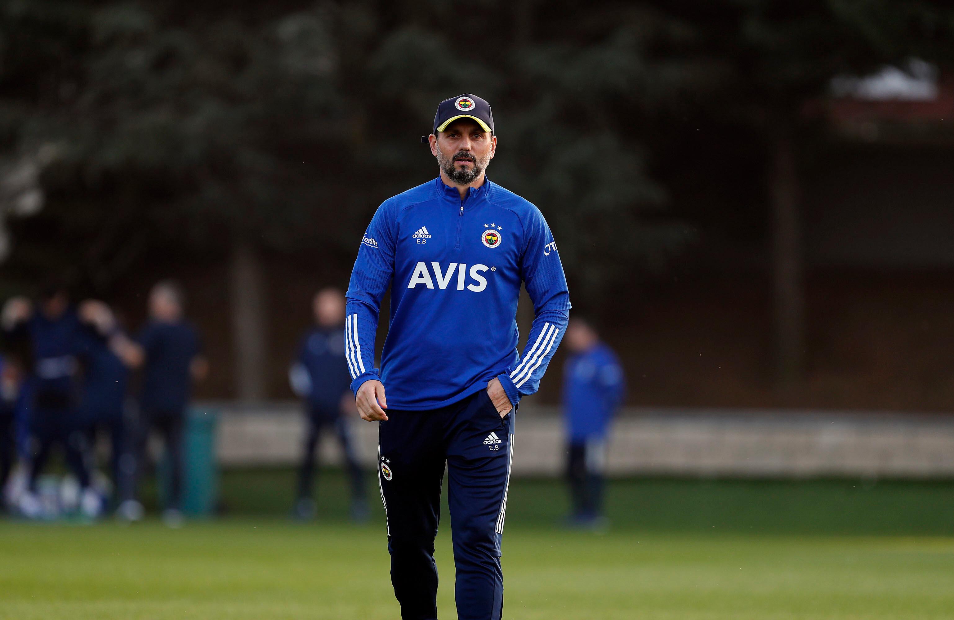 Fenerbahçe'de Antalyaspor maçı hazırlıkları devam ediyor.