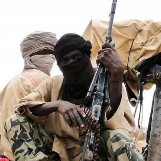 """""""إرهابي"""" جزائري يكشف تفاصيل صفقة تحرير رهائن في مالي"""