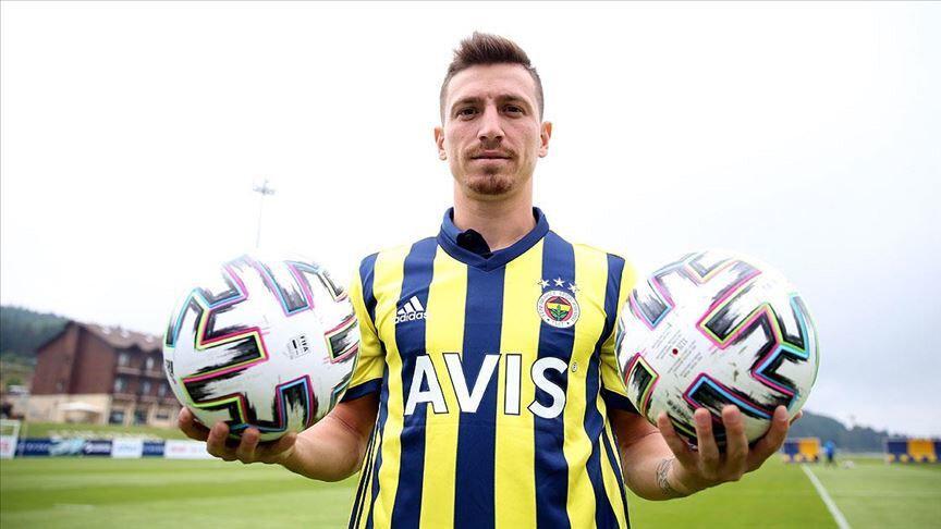 Mert Hakan Yandaş'ın adı Galatasaray ile de anılmıştı.