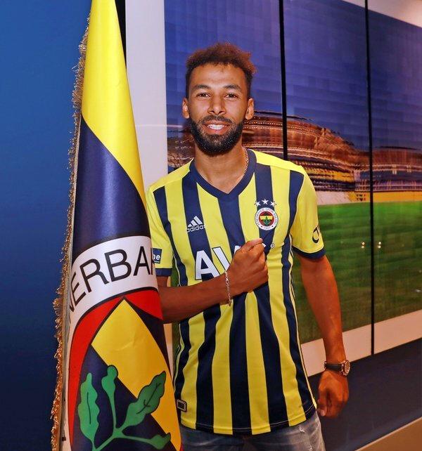 Fenerbahçe, Sangare ile 4 yıllık sözleşme imzaladı.