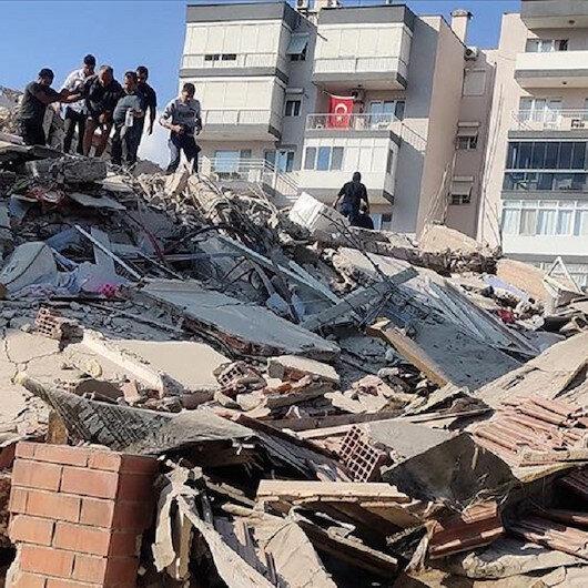 مساجد إزمير تفتح أبوابها أمام متضرري الزلزال