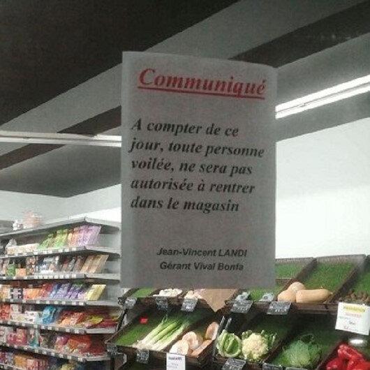 Fransa'da bir market başörtülülerin alışveriş yapmasını yasakladı