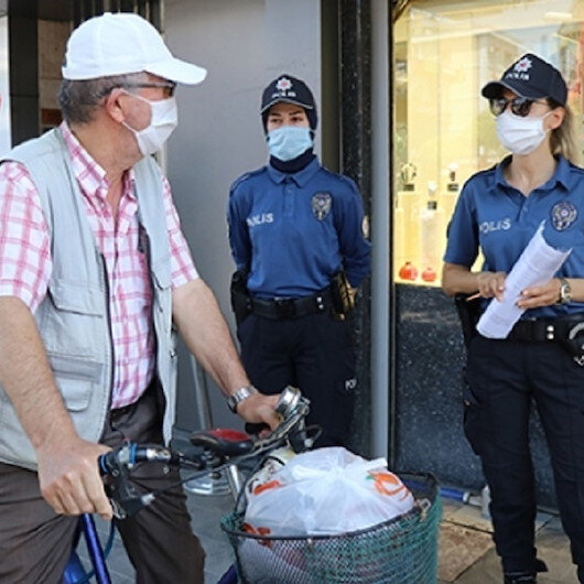 Vakalar artıyor ama tedbir alan yok: Kocaeli'de Kovid-19 tedbirlerine uymayan 219 kişiye para cezası