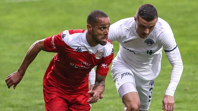 Antalyaspor geri döndü, Kasımpaşa'dan puanı kurtardı