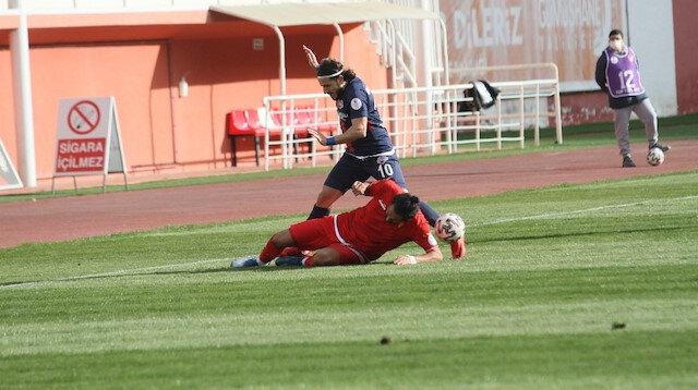 Hekimoğlu Trabzonlu futbolcudan alkışlanan hareket