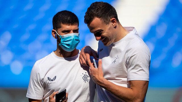 İki futbolcuya verilen ceza büyük ses getirdi.