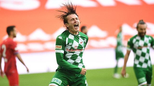 Gençlerle maça çıkan Bursaspor'da 15 futbolcu sokağa çıkma yasağına takılıyor