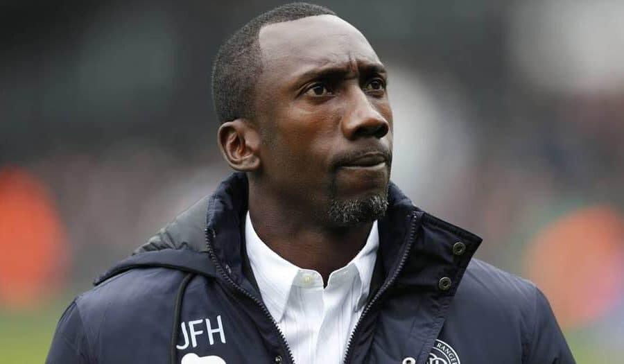 Futbolculuk kariyerinin ardından teknik direktörlük yapmaya başlayan Hasselbaink, şu anda kulüpsüz durumda.