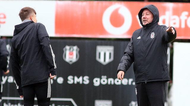 Beşiktaş ligde 10 puanla 11. sırada yer alıyor.