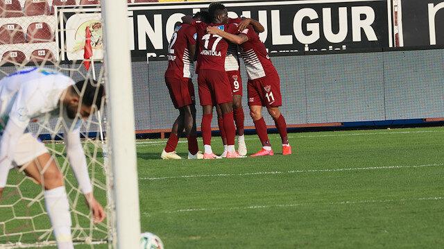 Hataysporlu futbolcuların gol sevinci