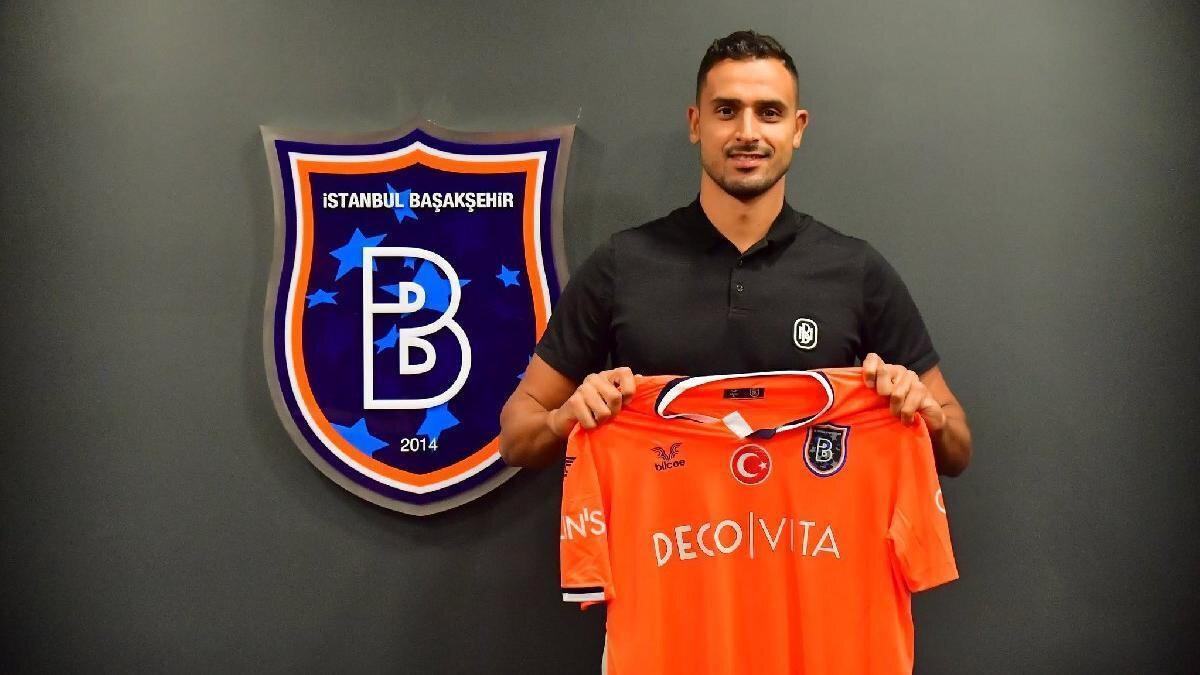 Sezon başında Başakşehir'e transfer olan Chadli, kariyerinde Tottenham ve Monaco gibi takımların formalarını giydi.