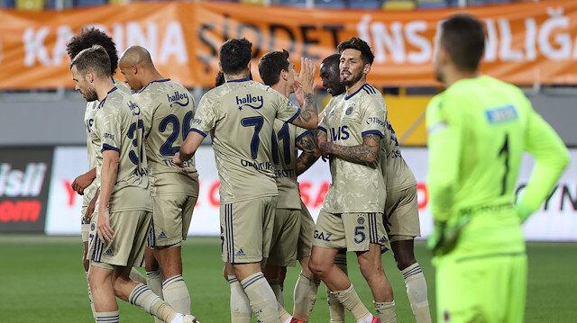 'Fenerbahçe'yi <br>izliyorsa üzülüyordur'