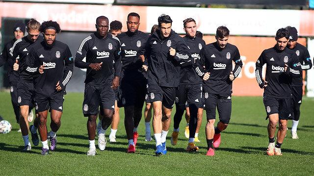Beşiktaş gözüne <br>Fenerbahçe'yi kestirdi