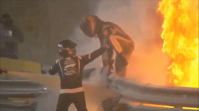 Formula 1'de yürekler ağza geldi: Kaza yapan Romain Grosjean alevler içinde kaldı