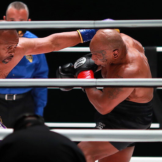 Mike Tyson, Roy Jones exhibition bout ends in draw