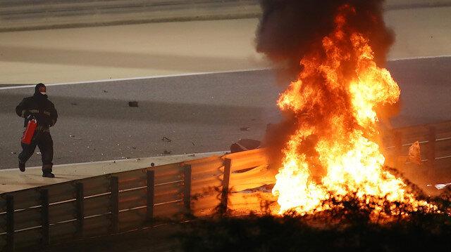 Grosjean has 'miracle' escape from fiery Bahrain crash