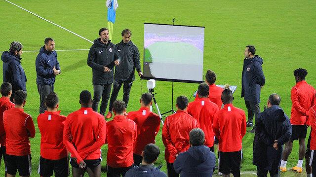 Süper Lig ekibinde korona şoku: Galatasaray maçı öncesi 3 futbolcunun testi pozitif çıktı