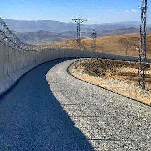"""تركيا: انتهاء بناء جدار أمني بين ولاية """"أغري"""" وإيران"""