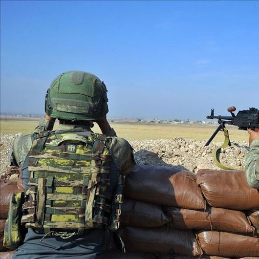 الدفاع التركية: تحييد 17 إرهابيا شمالي سوريا