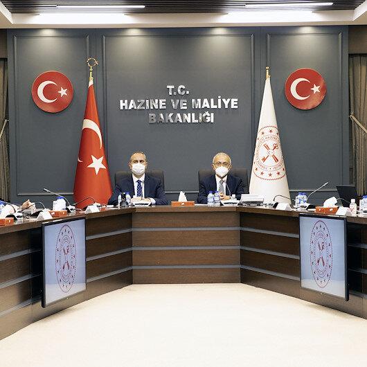 """لبحث الإصلاحات.. وزير المالية التركي يلتقي ممثلي """"موصياد"""""""