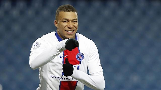 Mbappe'nin gecesi: PSG tarihine geçti