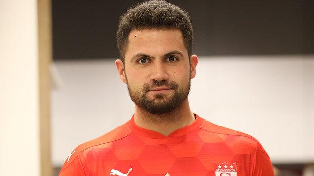 Sivasspor Kalecisi Ali Şaşal Vural forvette forma giyebilir