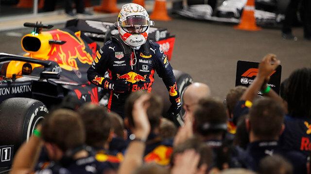 Formula 1'de sezonun son yarışını Max Verstappen kazandı
