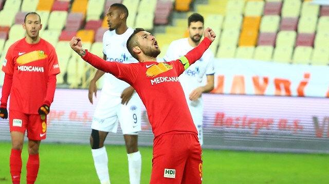 Süper Lig'in penaltı kralı: 6 golün 5'ini beyaz noktadan attı