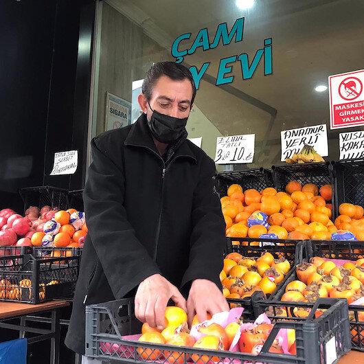 Erzurumlu vatandaş pandemiyi fırsata çevirdi: Kahvehanesini manava dönüştürdü