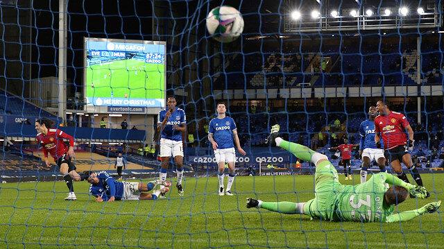 ManU Everton'ı devirdi, yarı finale çıktı