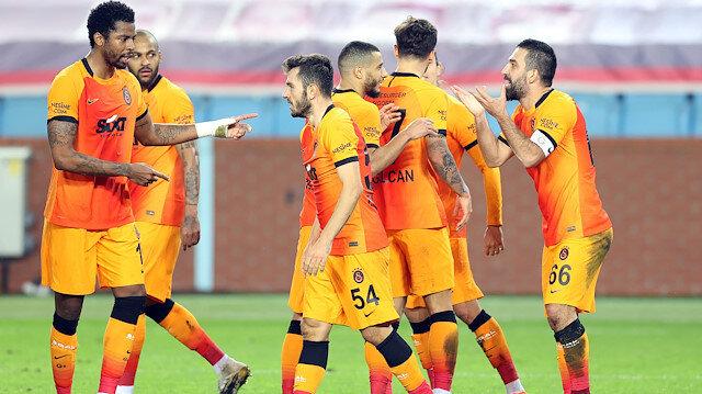Galatasaray, Trabzon'dan lider döndü