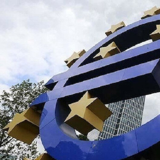 COVID-19 measures smash retail trade volume in eurozone