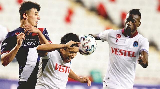 Trabzon 1 puanı 90+6'da kurtardı