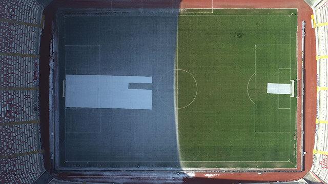Sivasspor-Fenerbahçe maçı öncesi stattan ilginç görüntü: Yeşil-beyaz