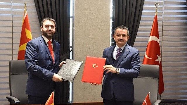 تركيا وشمال مقدونيا توقعان 3 مذكرات تعاون