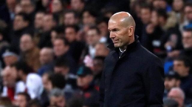 ريال مدريد يعلن إصابة زيدان بكورونا