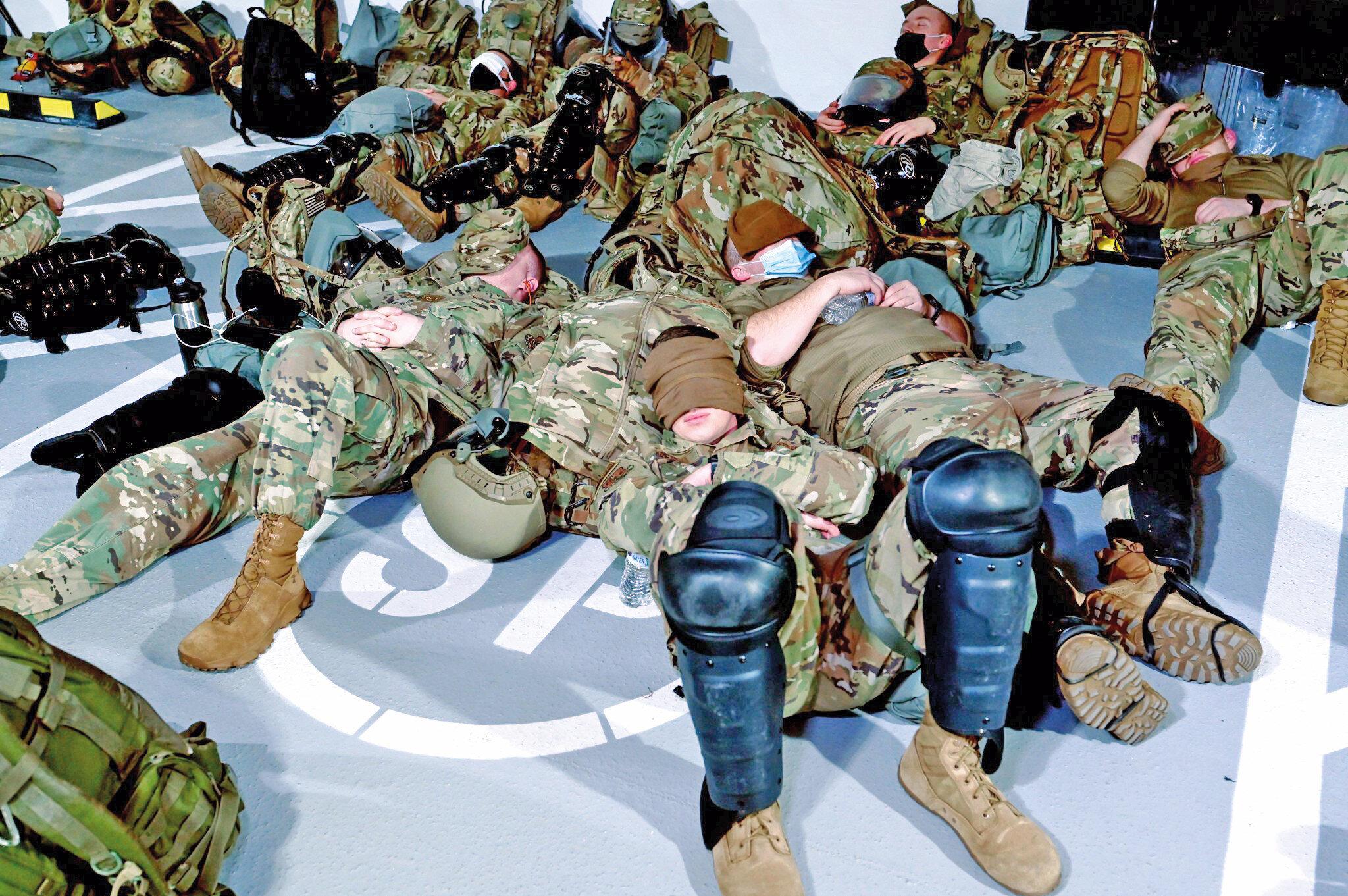 Beyaz Saray'da savaş hali