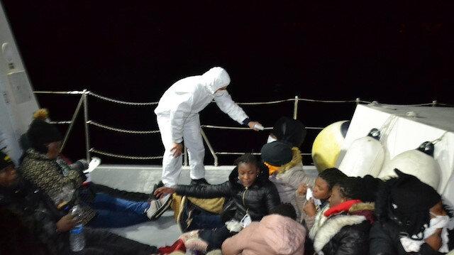 At least 21 irregular migrants held in western Turkey