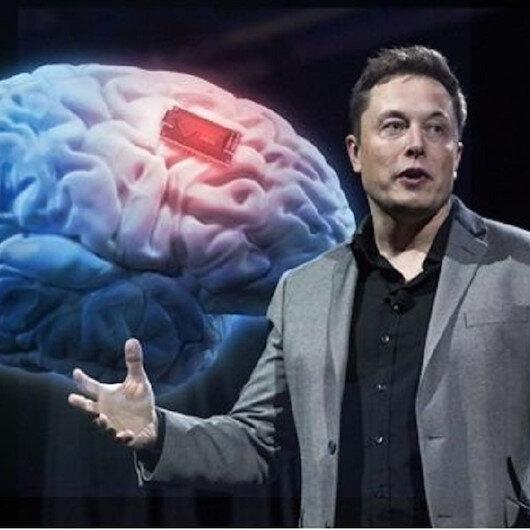 Elon Musk insanlı deneyler için tarih verdi: Madeni para büyüklüğünde olan çip insan beynini bilgisayara bağlayacak