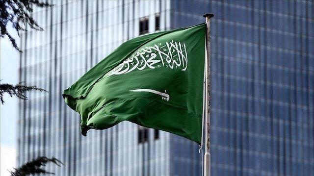 السعودية: مستمرون في دعم الحكومة اليمنية سياسيا وعسكريا