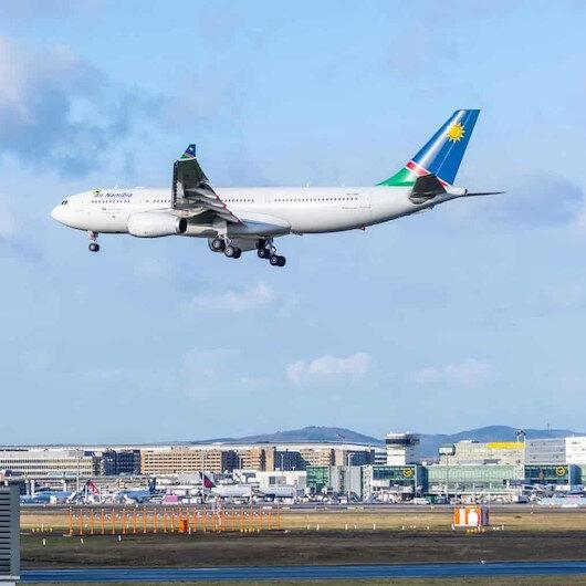 Borçlarını ödeyemeyen Air Namibia tüm uçuşlarını durdurdu
